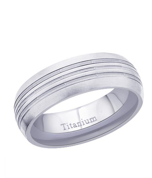 Peora Striped Silver Titanium Ring