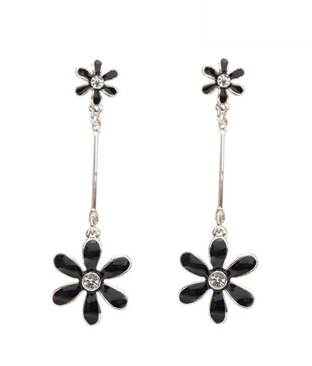 Pretty Woman Fine Design Floral Earrings