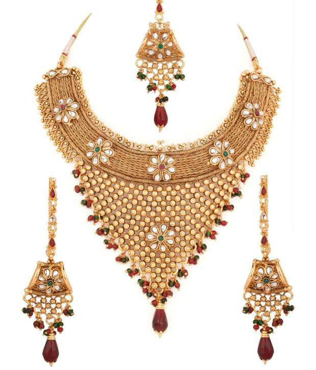Voylla Extravagant Floral Gold Plated Necklace Set