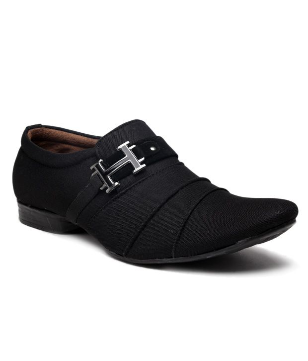 Foot 'n' Style Unruffled Black  Slip-on Shoes