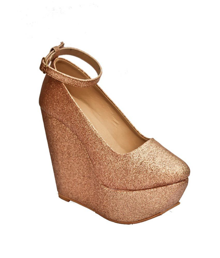 Street Style Store Gold Wedges