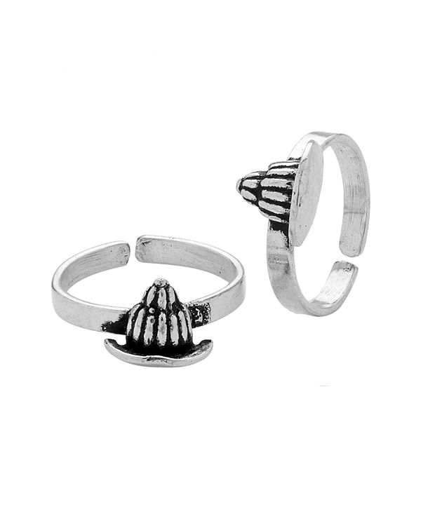 Voylla Oxidized Metal Toe Rings With Nut Design