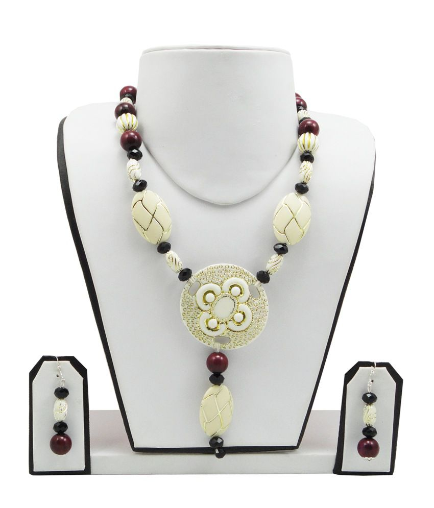 FashionValley Cream & Maroon Beads Designer Necklace Set