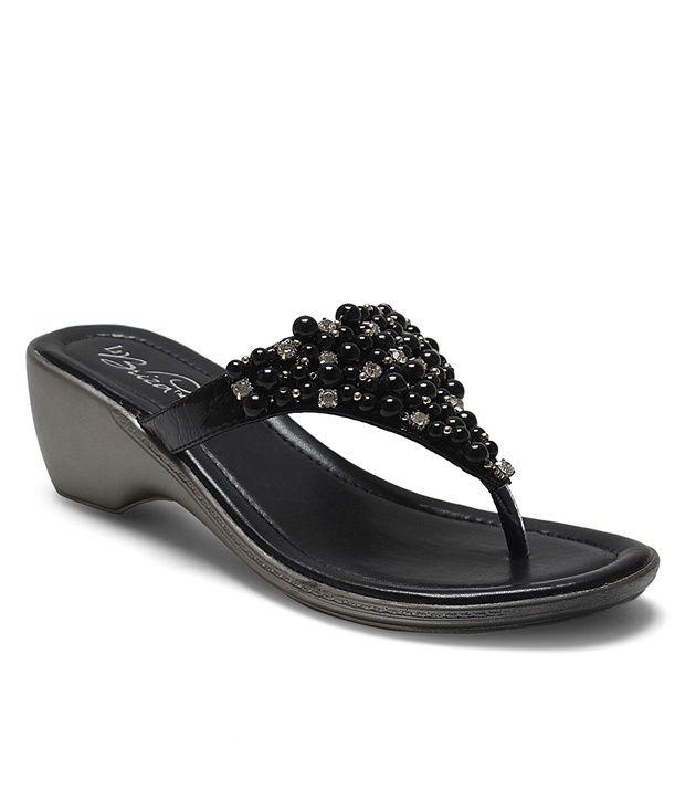La Briza Black Heeled Slip-On
