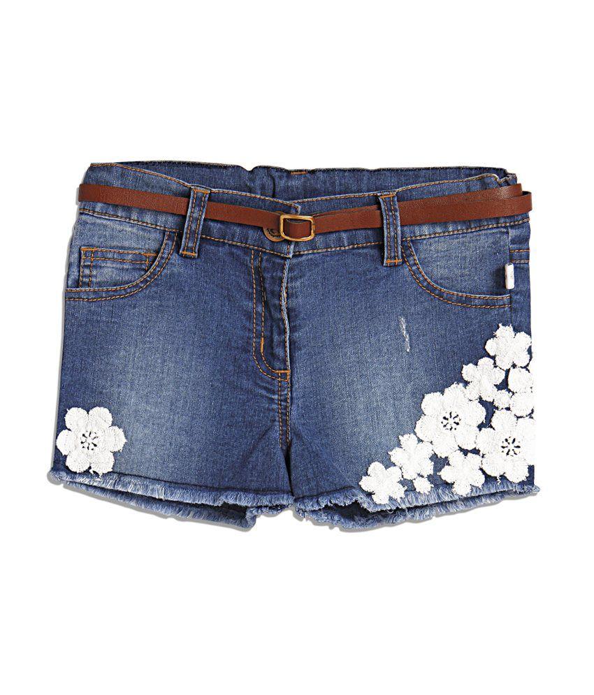 Babrbe Blue Color Floral Applique Patch Denim Shorts For Kids