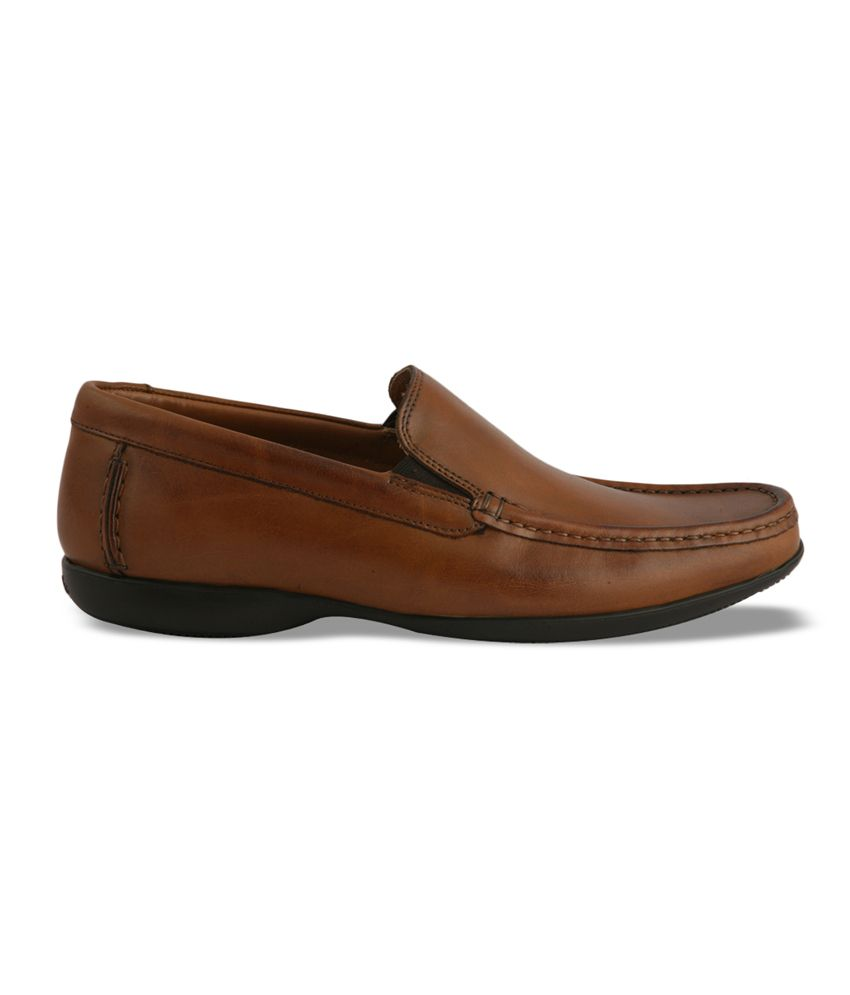 Clarks Shoes Head Office Address, Contact Number