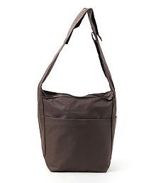 ed0cc410a4 Travel Bags Upto 75% OFF  Buy Traveling Duffel Bags Online