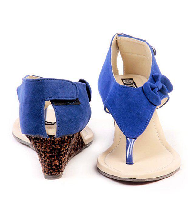 7e5a3252099 Ten Dutch Heel Black Wedge Sandals Price in India- Buy Ten Dutch ...