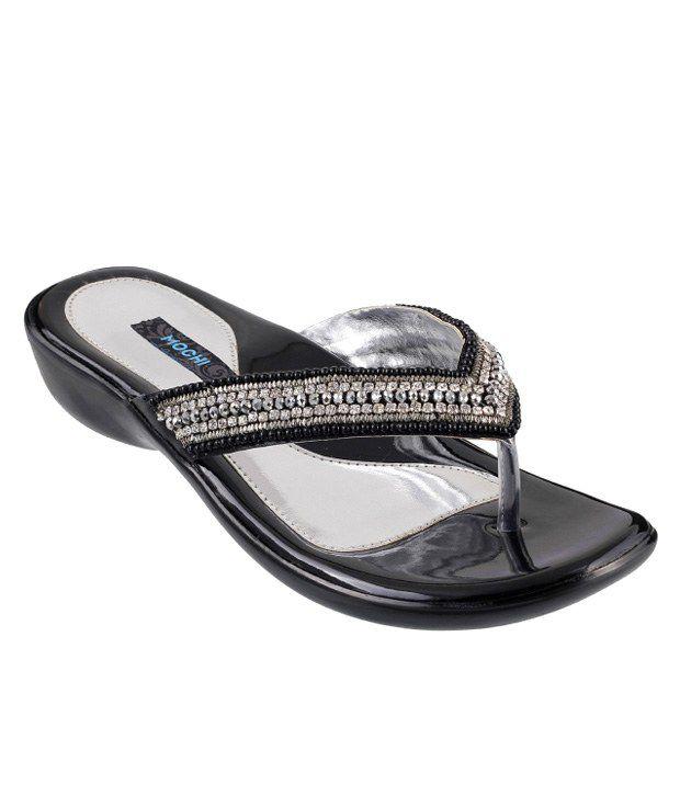 Mochi Black Heeled Slip-On
