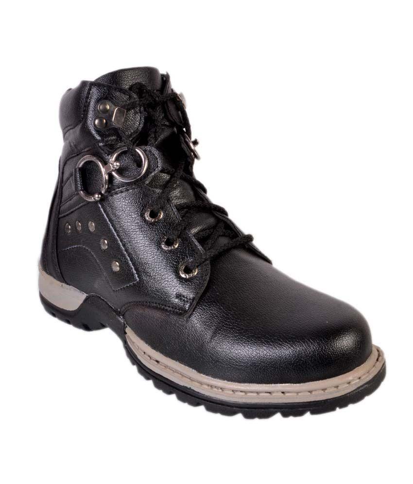 WONKER Black Boots