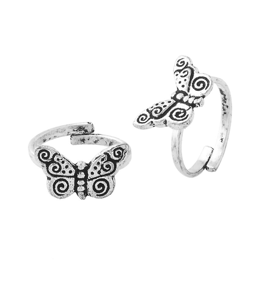 Voylla Exotic Pair Of Toe Rings Featuring Butterfly