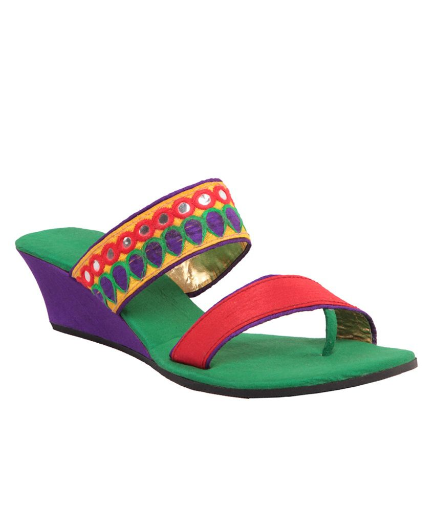 Maalpani Traditional Green,red & Purpel Wedges