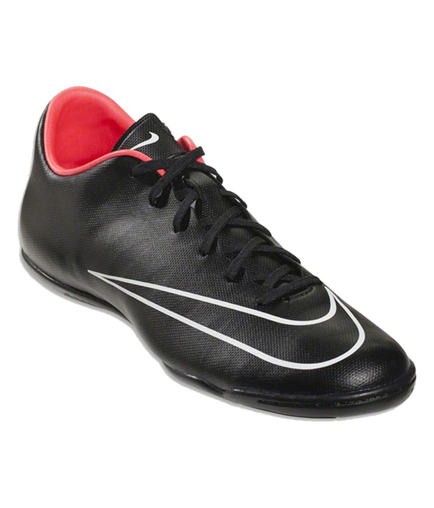 abb5977f2ba Nike Black Mercurial Victory V Ic Sport Shoes - Buy Nike Black Mercurial  Victory V Ic Sport Shoes Online at Best Prices in India on Snapdeal