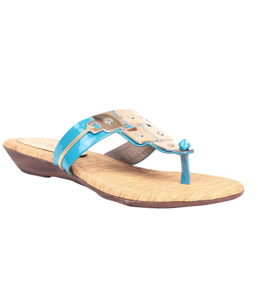 Lovely Chick Blue Flat