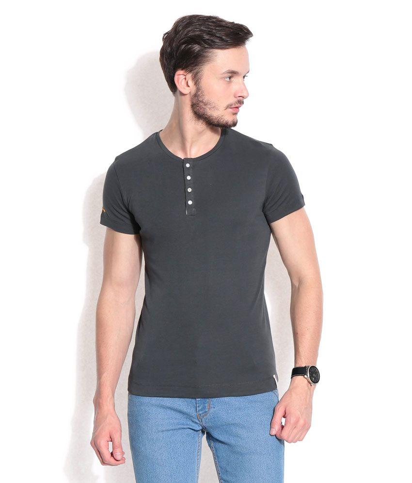 Hues Charcoal Basic Henley T-shirt