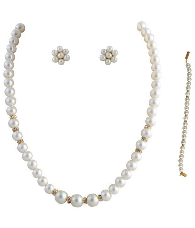 00fe5077241e2 Classique Designer Jewellery Elegant Pearl Necklace Set With Bracelet