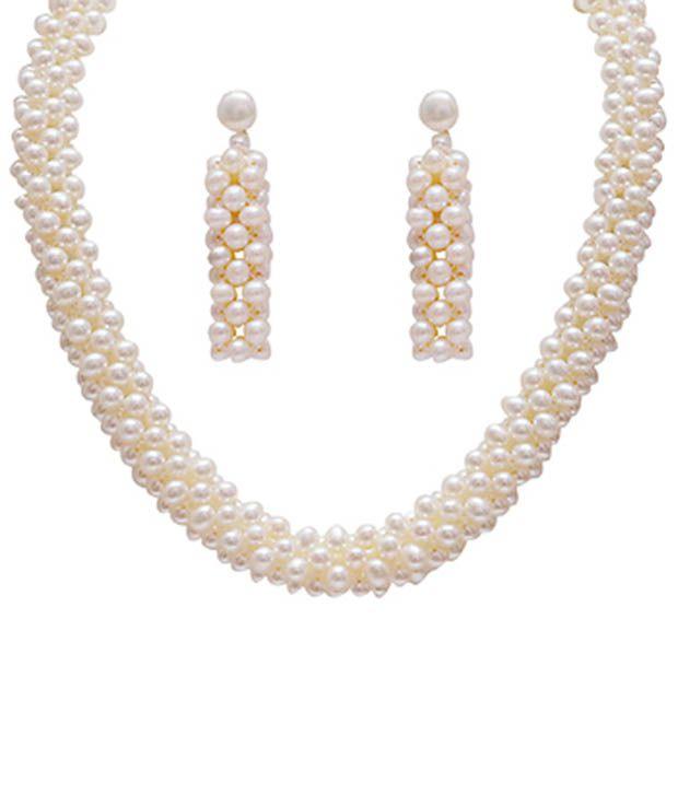 9c9e665992c79 Classique Designer Jewellery Lovely White Pearl Necklace Set