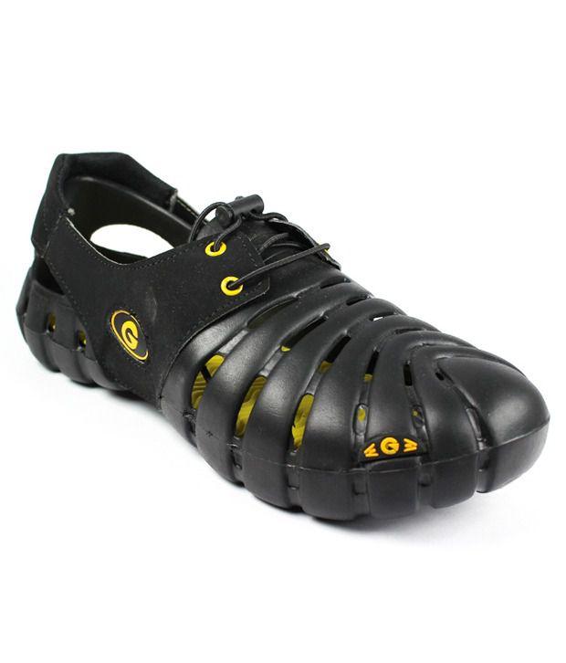 Globalite Black Sandals