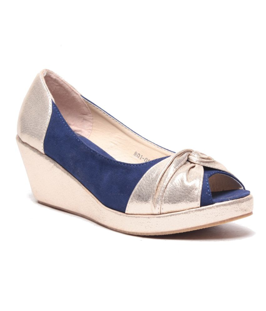 Anand Archies Blue Wedges Pumps