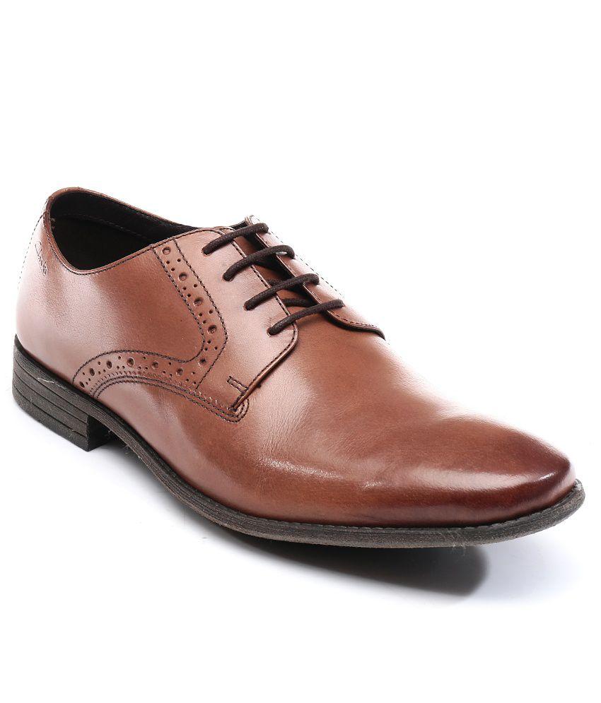 131777de08559 Clarks Tan Formal shoes Price in India- Buy Clarks Tan Formal shoes Online  at Snapdeal