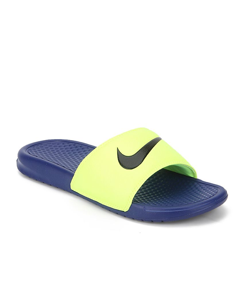super popular d1057 150fa Nike Green Synthetic Casual Slippers For Men