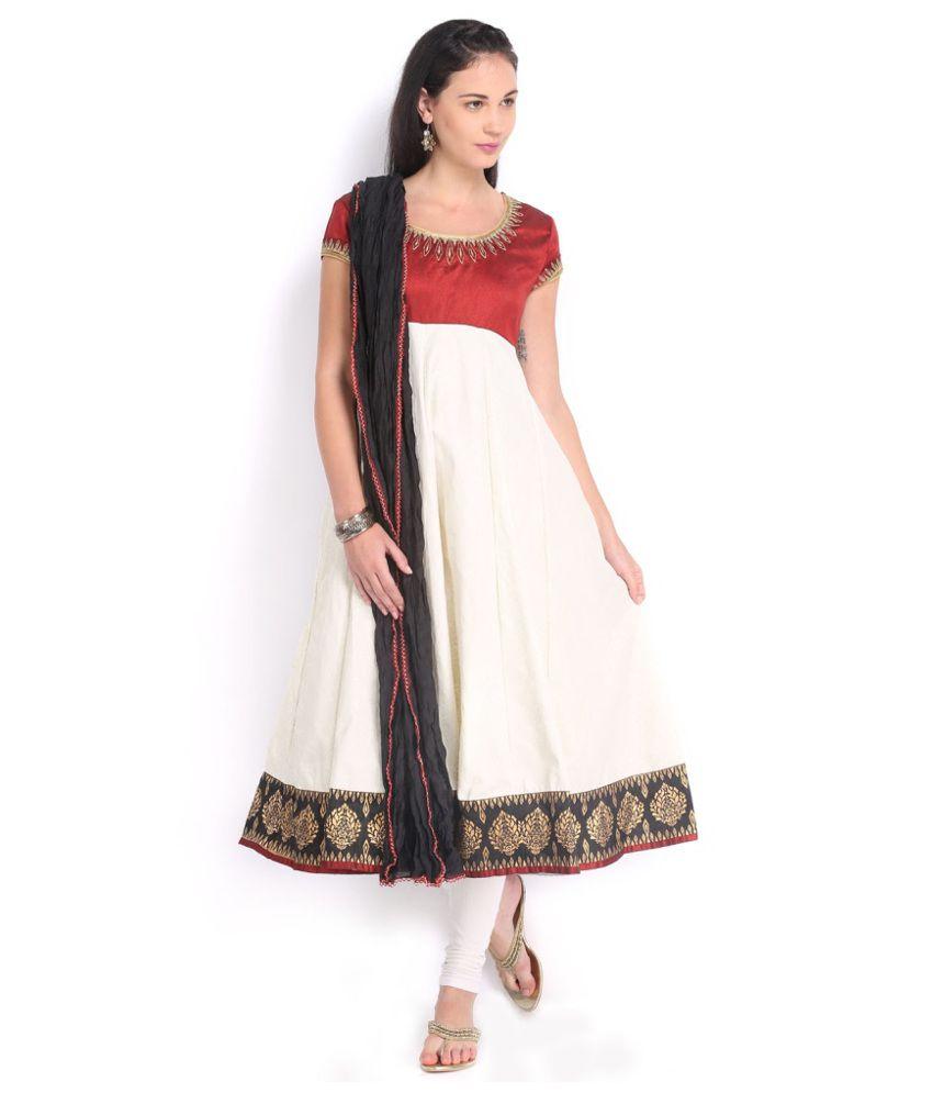 Folklore White Cotton Anarkali Salwar Suit