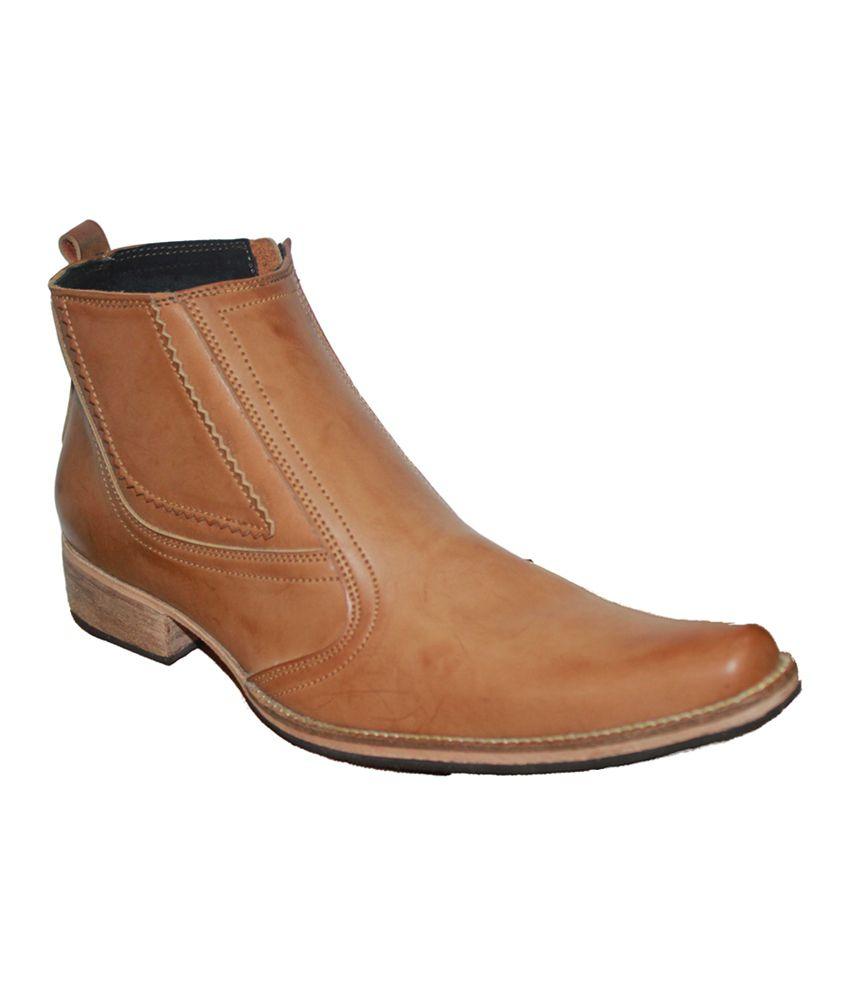 Authority Aerodynamic Tan Boots