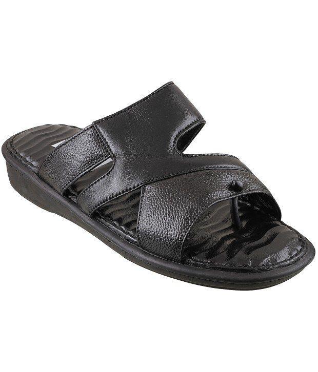 36a9ac21d90f Mochi Black Slippers Price in India- Buy Mochi Black Slippers Online at  Snapdeal