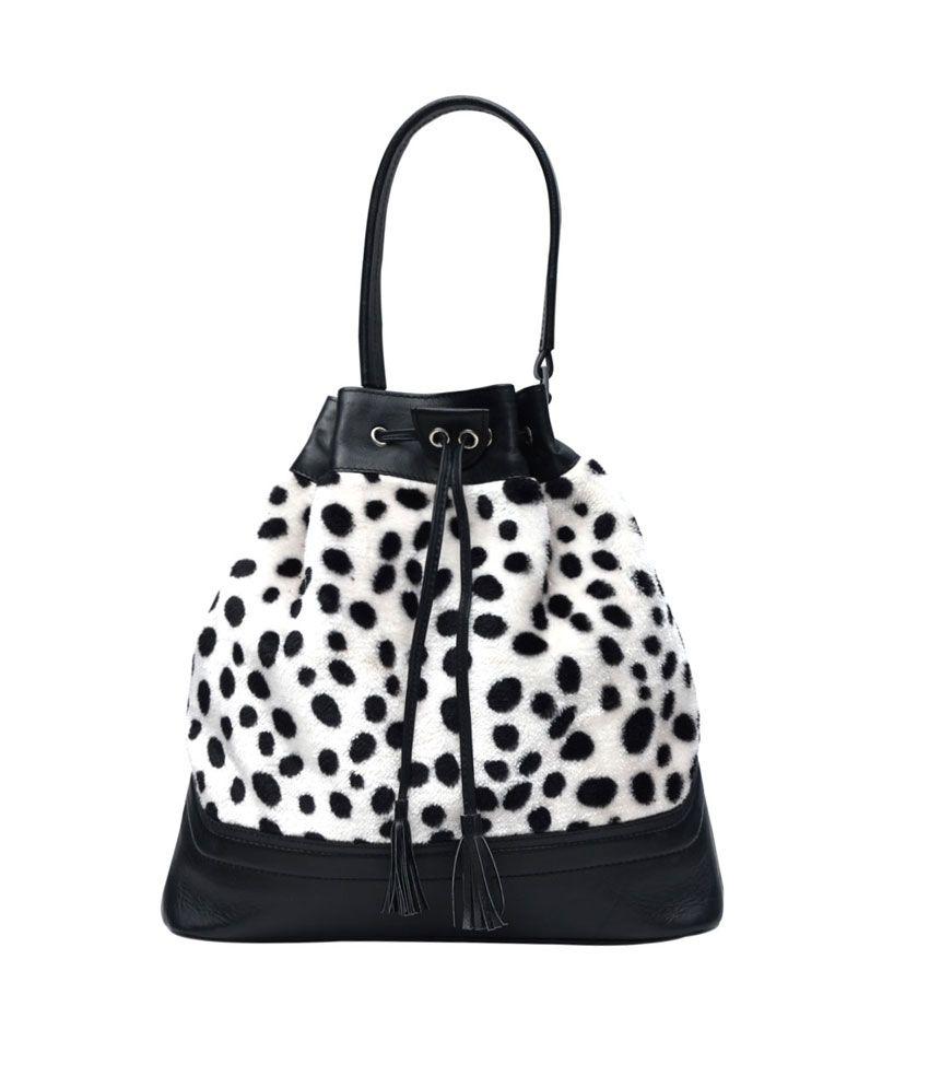 Hawai Commodious Velvet Touch Handbag For Women