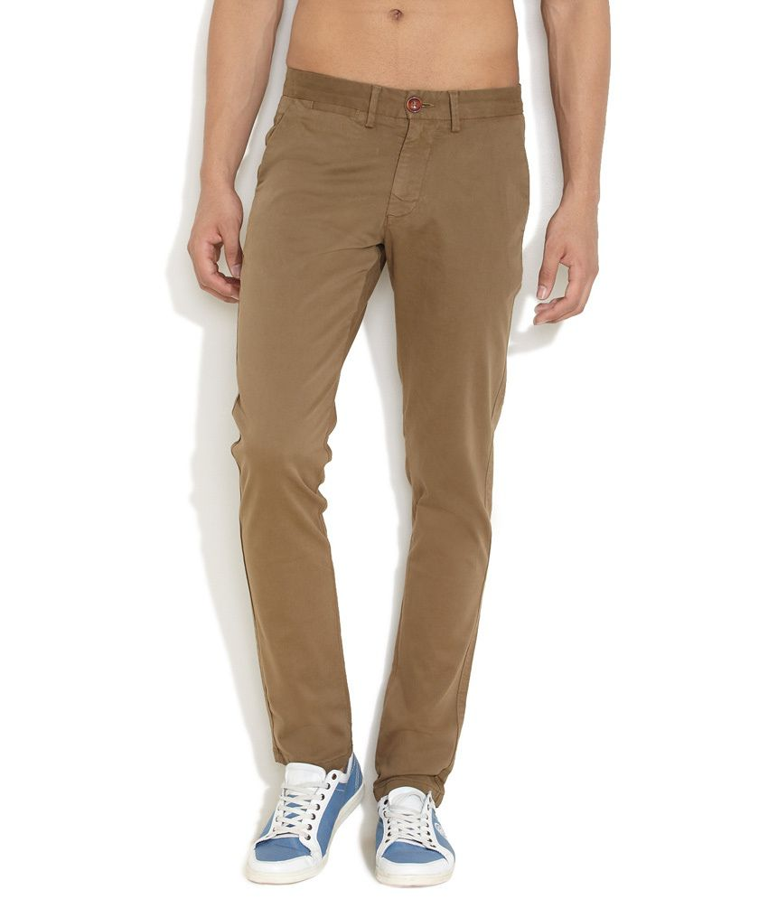 Isha Brown Cotton Blend Regular Jeans