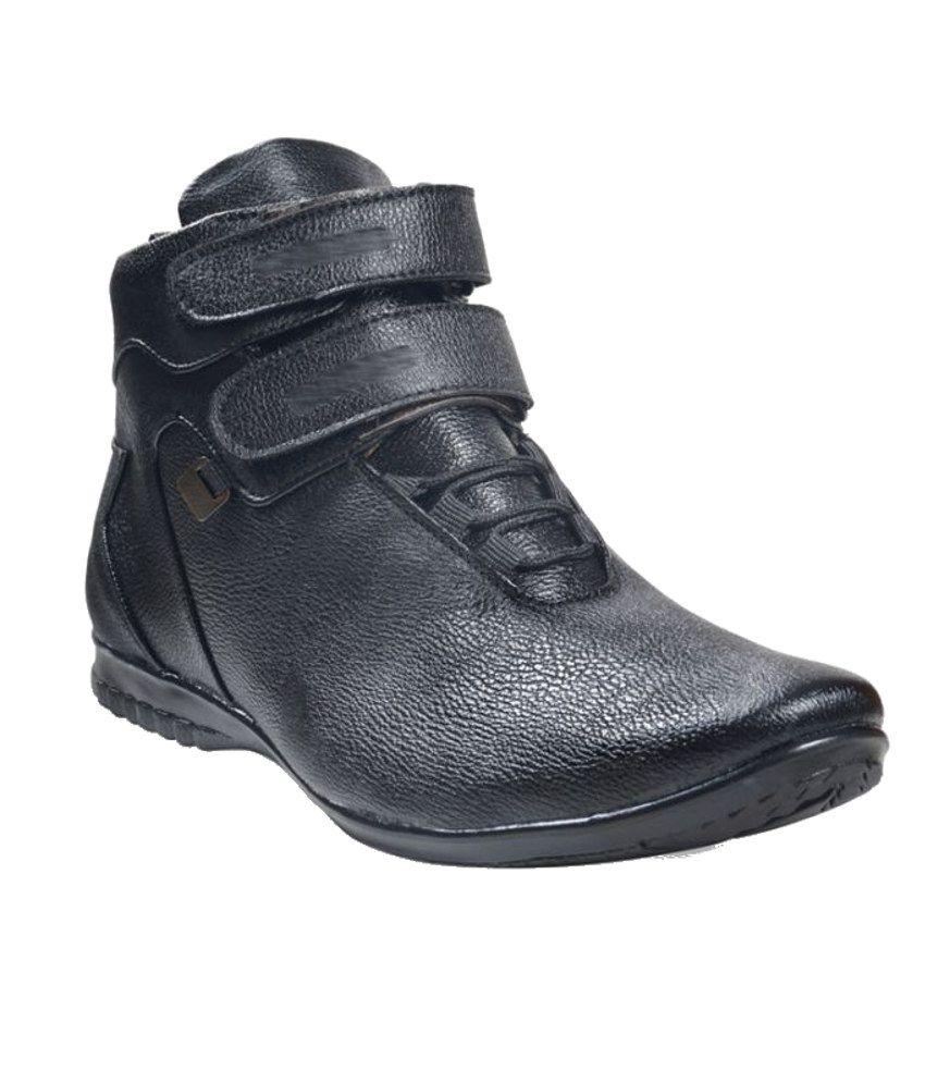 ADYBird Stylish Ivory Black Ankle Boot
