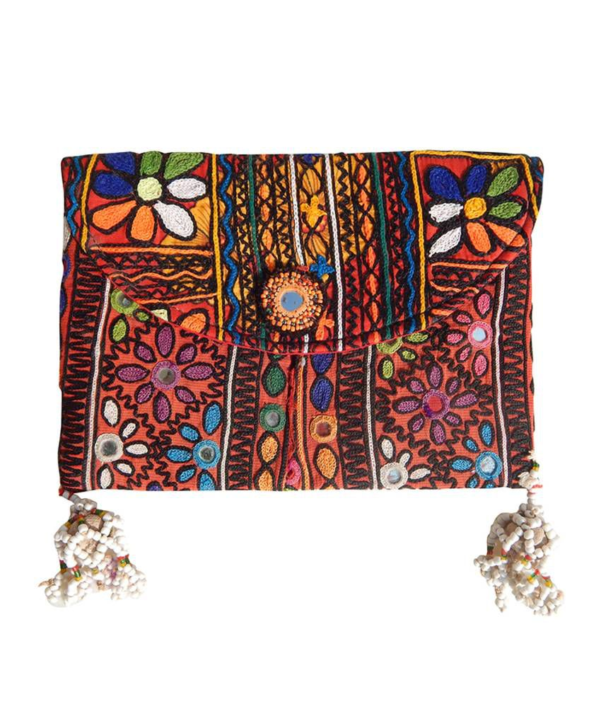 Aana Rabari Vintage Clutch