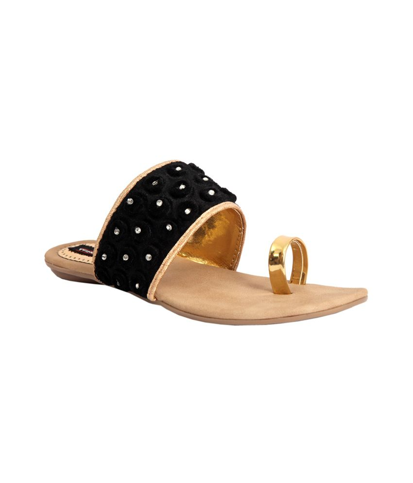 Trilokani Black Flat Slipper