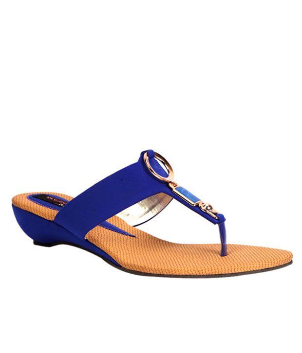 Trilokani Blue Low Heel Slippers For Women