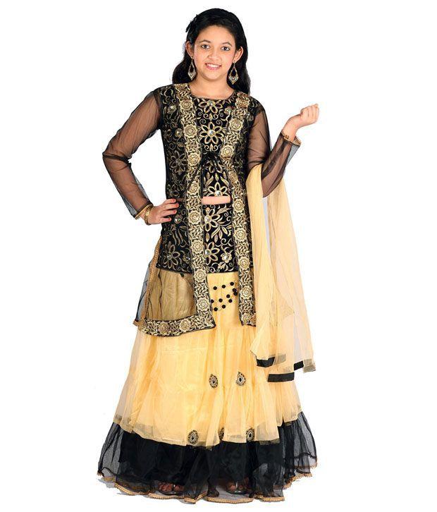 Saarah Black Salwar Kameez Set