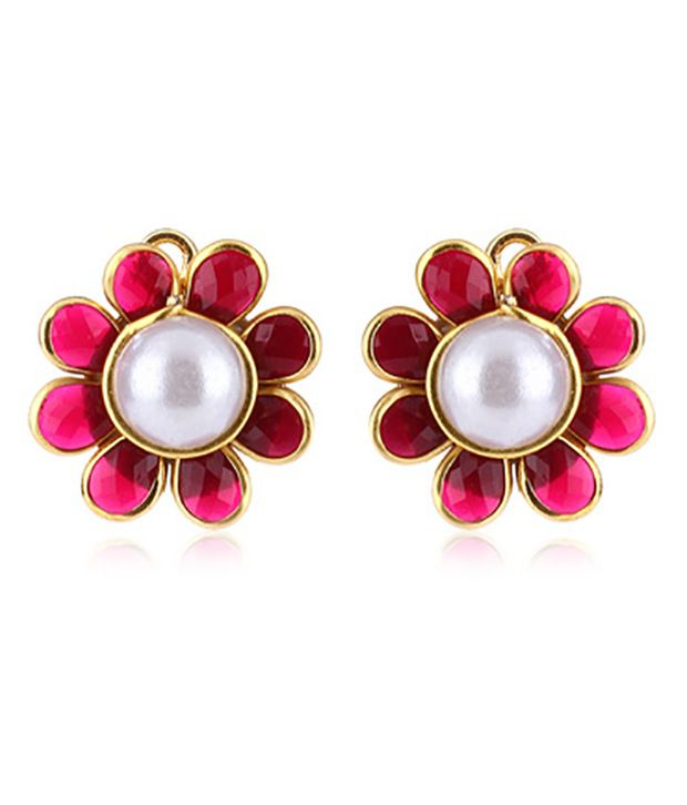 Ratnakar Striking Stud earrings