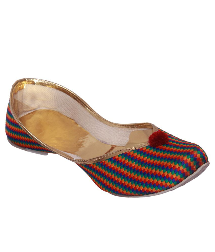 A-maze Multi Coloured Punjabi Jutti