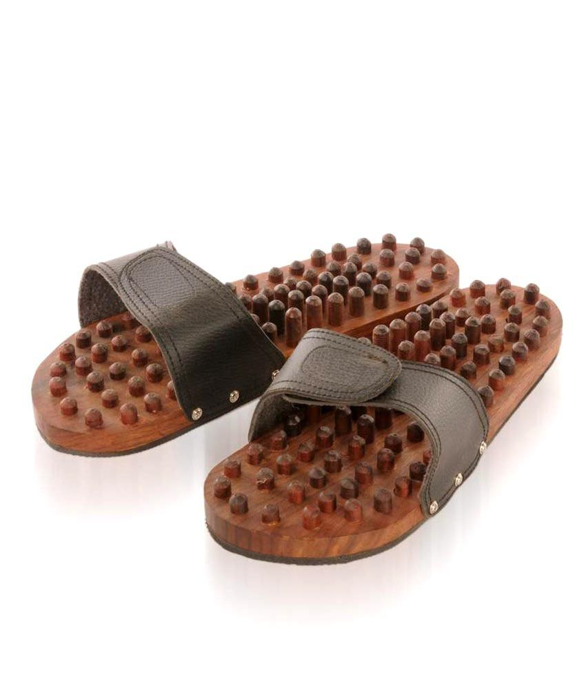 Rounak Wooden Relaxing Acupressure Slippers: Buy Rounak ...