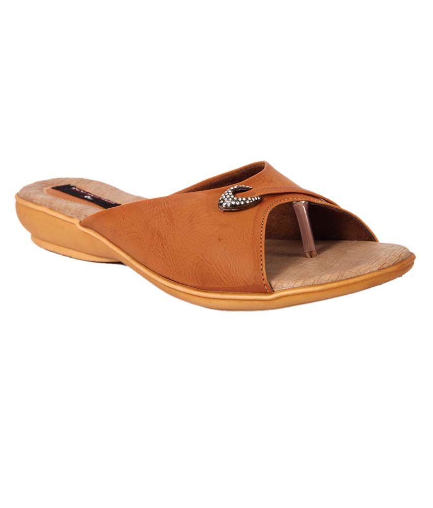 Trilokani Beige Slipper For Women