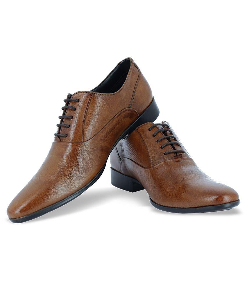 Alberto Torresi Tan Formal Shoes Price