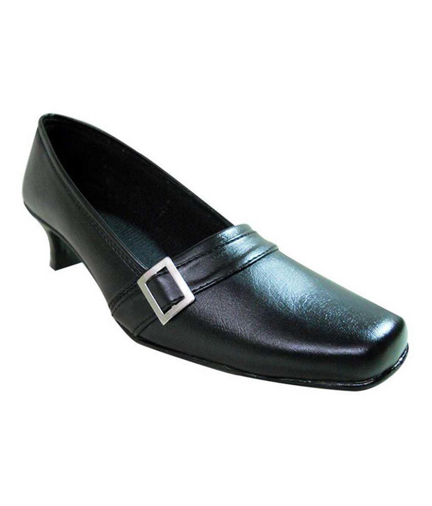 Recent Collection Black Faux Leather Low Heel Cap Toe Shoes