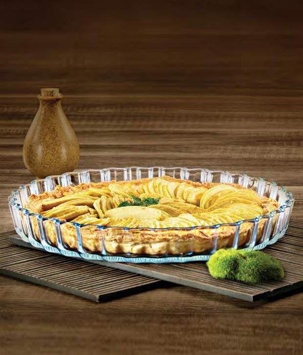 La Opala Fluted Pie Dish 1.3 ltr