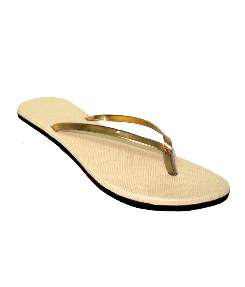 Nihar Golden Daily Wear Flat Sandal
