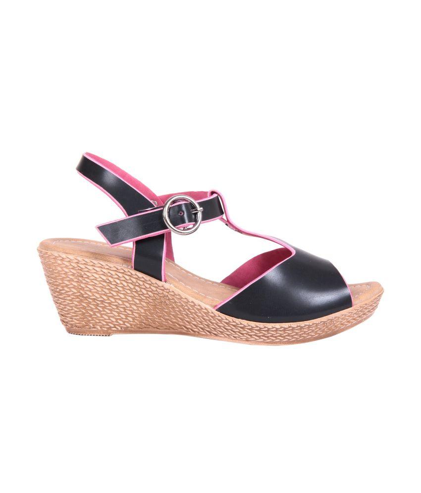 Adorn Brown Wedges Sandals