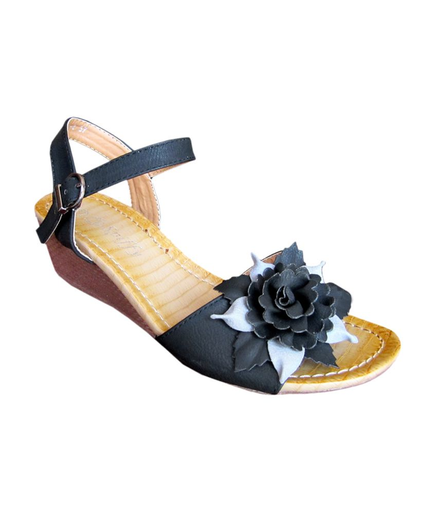 Spiffy Black Faux Leather Daily Wear Heeled Sandals