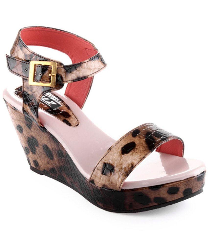 Kielz Fashionable Brown Heeled Sandals