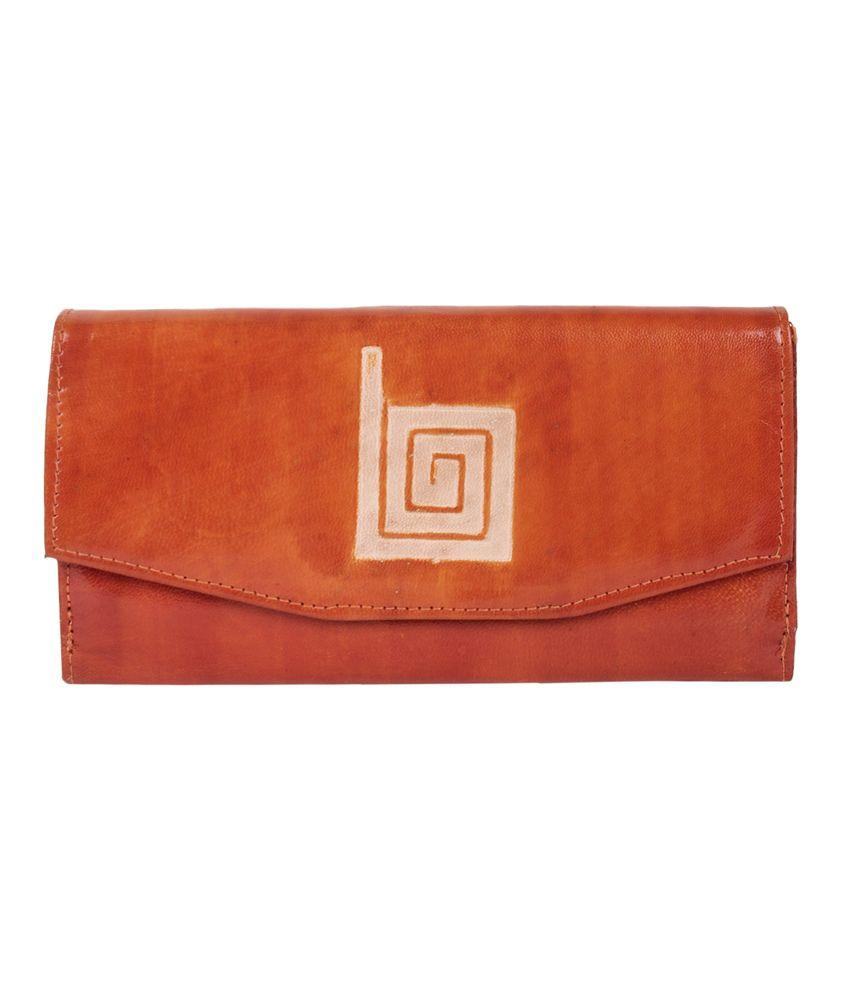 Bags Craze Beige Zip Stylish and Sleek Clutch