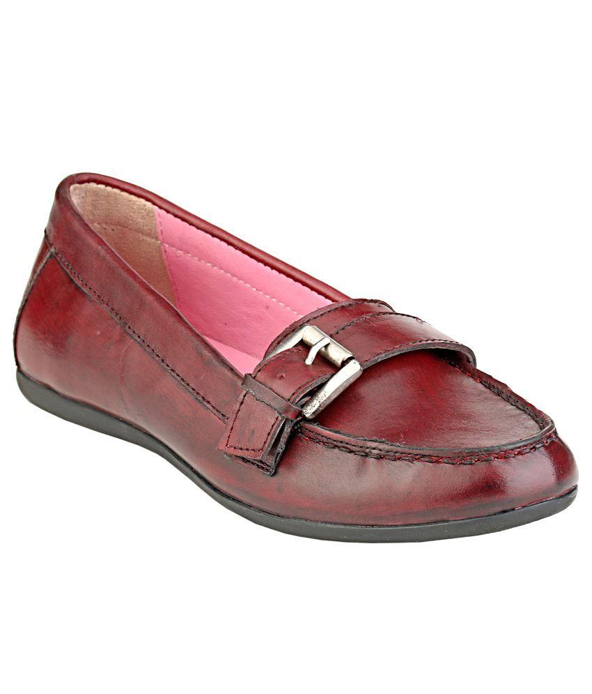 Delize Women's Maroon Formal Shoes