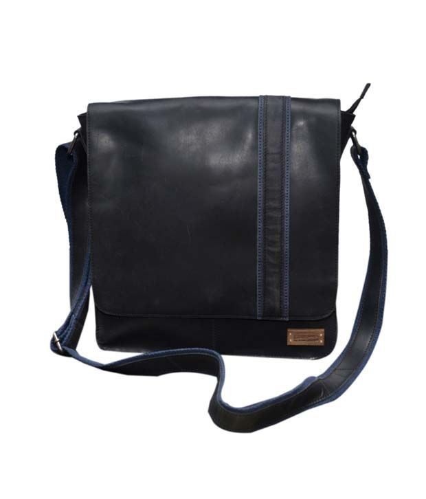 Le Craf Parker Black Stylish Messenger Bag