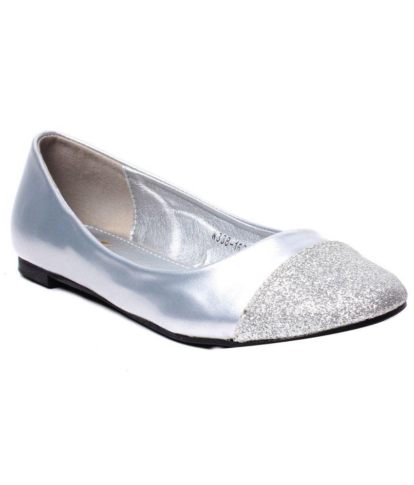 Klaur Neat Silver Ballerinas